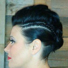 Coupe de cheveux pour femme droite à Repentigny - Le Lockal ((salon de coiffure à Repentigny)