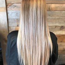 Coiffure mèches blondes - La Ruelle (salon de coiffure à Chambly)
