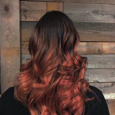 Coiffure ombré rouge - Salon Le Lockal (salon de coiffure à Repentigny)
