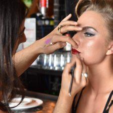 Maquillage pour défilé à Repentigny - Le Lockal (salon de coiffure à Repentigny)