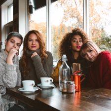 séance photo thème café (Coupe de cheveux)- Le Lockal salon de coiffure à Repentigny.